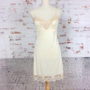 Vanity Fair Cream & Nude Lace Slip Dress 32/ XS